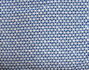 Fabric - Cloud 9 Cotton jersey - triangles - blue - knit