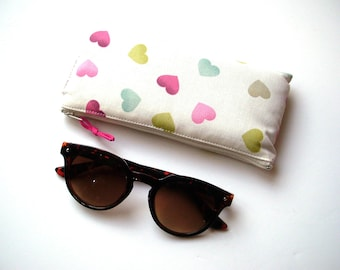 Glasses case padded hearts