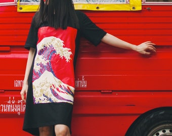 Lost in Kyoto collection black/white red wave print T-shirt dress