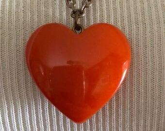 Vintage Bakelite Heart Pendant Necklace