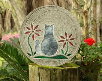"Gray Tabby Kitty Cat Stepping Stone, Large 18"" Diameter Made with Concrete and Stained Glass, Perfect for Your Garden or Pet Memorial #803"