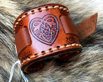 Deluxe Celtic Wristband with Heart