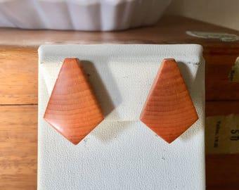 Vintage  wooden clip earrings