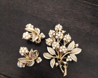 Gold Tone and White Bead Vintage Floral Brooch and Clip Earrings Set