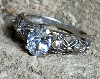 Vintage White Sapphire + Sterling Silver Ring Size 7