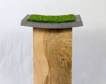 Stool-Materiel: wooden Blocks and concrete