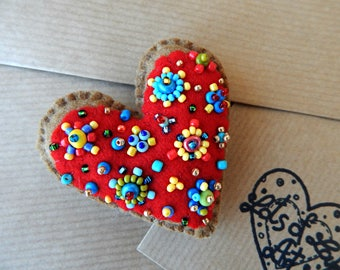 Red heart magnet.Valentines Day Gift.Embroidered magnet.Cute felt heart.Mothers'Day Gift