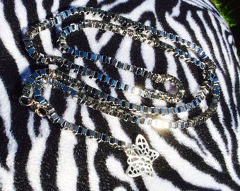 Butterfly hip chain