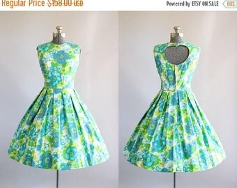 BIRTHDAY SALE... Vintage 1950s Dress / 50s Cotton Dress / Turquoise and Lime Green Floral Sun Dress w/ Open Back S