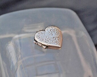Vintage Silver Heart Locket with Engraving