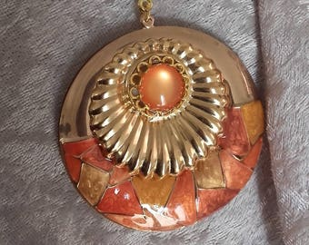 spicy orange harmony golden metal resin pendant