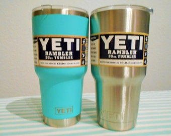 YETI Beautiful Peacock Blue Custom 30 0Z  Stainless Steel Cup,Or Silver Original/Unique Gift!New With Box/Option Silver Turtle Design!