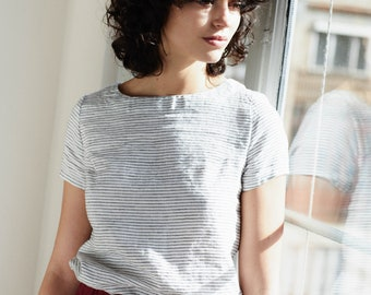Fitted linen tee HAMBURG / linen tank top/ basic linen blouse available in 34 colors