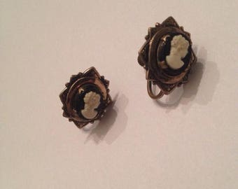 SALE Vintage Black and White Cameo Earrings