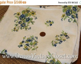 """Fall Sale Vintage Feed Sack Small Floral Print Blue Green on White 36"""" X 21"""" Open Cotton Fabric Quilt Repair Quilting Sewing"""
