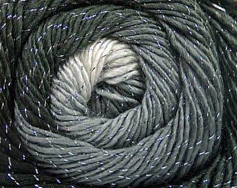 Self Striping Wool Yarn, 400 gr Grey Shades Glitter Yarn, Metallic Acrylic Yarn, Sport Weight knitting Yarn, Crochet Yarn
