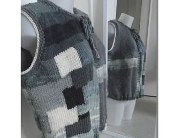 Patchwork sleeveless black + white gray color Merino vest