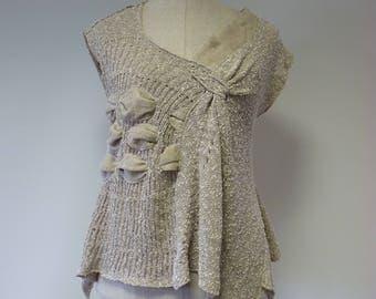 Artsy feminine beige boucle blouse, L size.