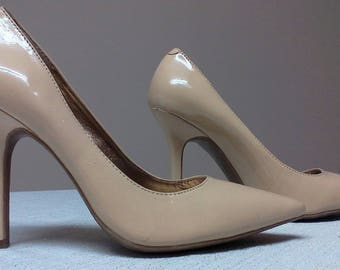 Gorgeous Classic High Heel Pump Shoes by BCB Generation Beige Pointed Toe High Heel Pumps