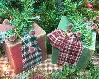 Rustic Christmas presents Set of 2. Christmas decorations. Rustic Christmas decor. Primitive Christmas decor. Wooden Christmas presents.