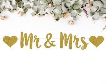 MR & MRS (with hearts) BANNER (S7) - glitter banner / wedding / engagement / bride to be / party decoration / photo prop