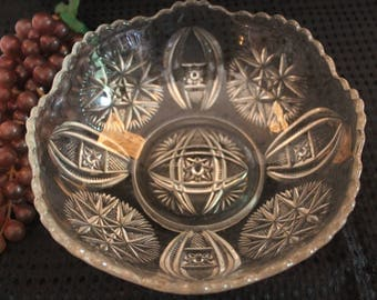 "Antique Early American Pressed Glass 8"" Bowl with Starburst Pattern - EAPG"