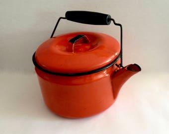 Vintage Enamel Teapot,  Orange Kettle,  Black Wood Handle, Enamelware Metal Tea Kettle, Retro Kitchen, Mid Century Graniteware, 1950s