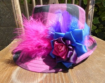 Fabulous Limited Edition Bisexual Rose and Feather Black Pink Trilby Hat