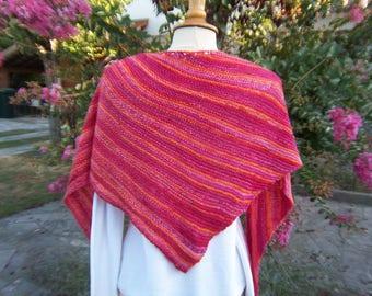 Shawl/scarf/shawl in garter stitch in shades of pink/red/orange