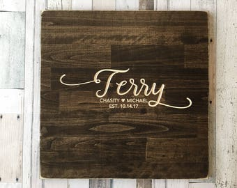 Rustic Wedding Guest Book Alternative | Rustic Wedding Decor | Wood Guest Book | Family Name Design | Personalized Guest Book |  Wreath