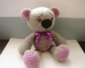 amigurumi bear crocheted in wool and alpaca