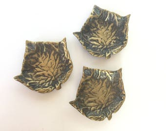 3 BRASS LEAF DISHES Vintage Set of 3 Tealight Holders or Condiment Dishes