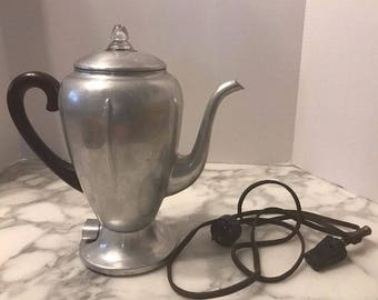 Vintage Mirro-Matic Early 20th Century 102M 8 Cup Electric Coffee Percolator