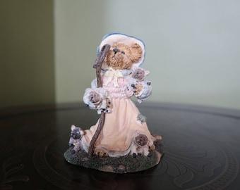 Boyds Bears and Friends Figurine, The Bearstone Collection, Lil' Bear Peep... Got Sheep?
