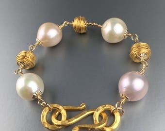 Multi-color freshwater pearl bracelet in vermeil