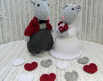 knitted mice wedding cake toppers and groom mice etsy 16653