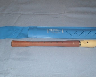 HOHNER musical instrument Blockflöte flute recorder C-Sopran, Melody Line & blue plastic case, Vintage Hohner - Hohner flute - vintage flute