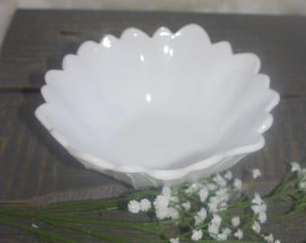 Dasiy milk glass candy dish / bowl