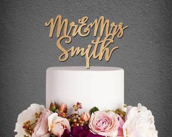 Wedding Cake Topper,Wood Cake Topper,Mr and Mrs Cake Topper,Personalized Cake Topper,Wedding Decoration,Last Name Cake Topper C210