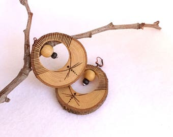 Wooden ethnic earrings, natural and tribal with pyrographies
