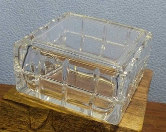 "Square Glass Trinket Jewelry Box 3 5/8"" square x 2"" tall"
