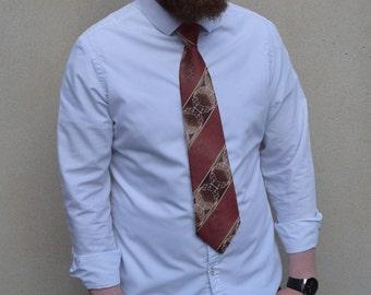 Vintage Auto Clip tie, 1970s