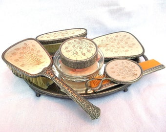 Regent of London Dressing Table Set, Silver Plated, Hand Engraved Vanity Set, Regent of London, Excellent Condition, 7 Pieces, Circa 1940