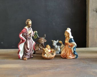Vintage Christmas Ceramic 10 Pieces Nativity Set Holy Family Joseph Mary Jesus Religious Christian Birth of Christ Ornements Xmas Holidays