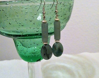 Green Earrings/Aventurine Earrings/Semi Precious Green Aventurine/Lucky Stone Earrings/Jade Green Color/Green and Gold Earrings for Women