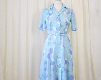 70s Blue pastel Floral Shirtdress, Belted vintage day dress, Medium 3948