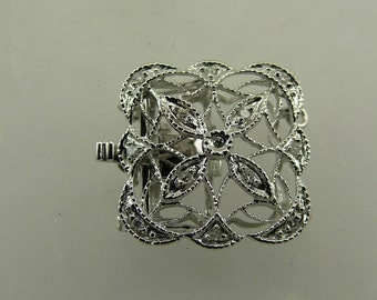 Diamonds 0.07ct Clasp 14K White Gold Triple Strand
