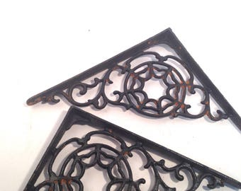 Cast iron shelf brackets, pair, vintage style