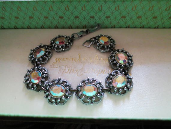 Glamour vintage silver metal  faceted aurora borealis glass bracelet