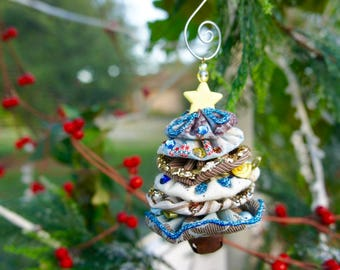 Christmas Tree Fabric YoYo Ornament - Blue, White & Beige Colours with Rustic Jingle Bell